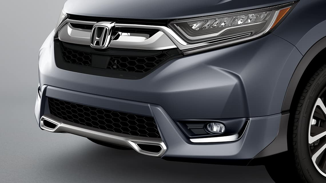 Se muestra la Honda CR-V 2019 con accesorio: paragolpes deportivo delantero original de Honda.