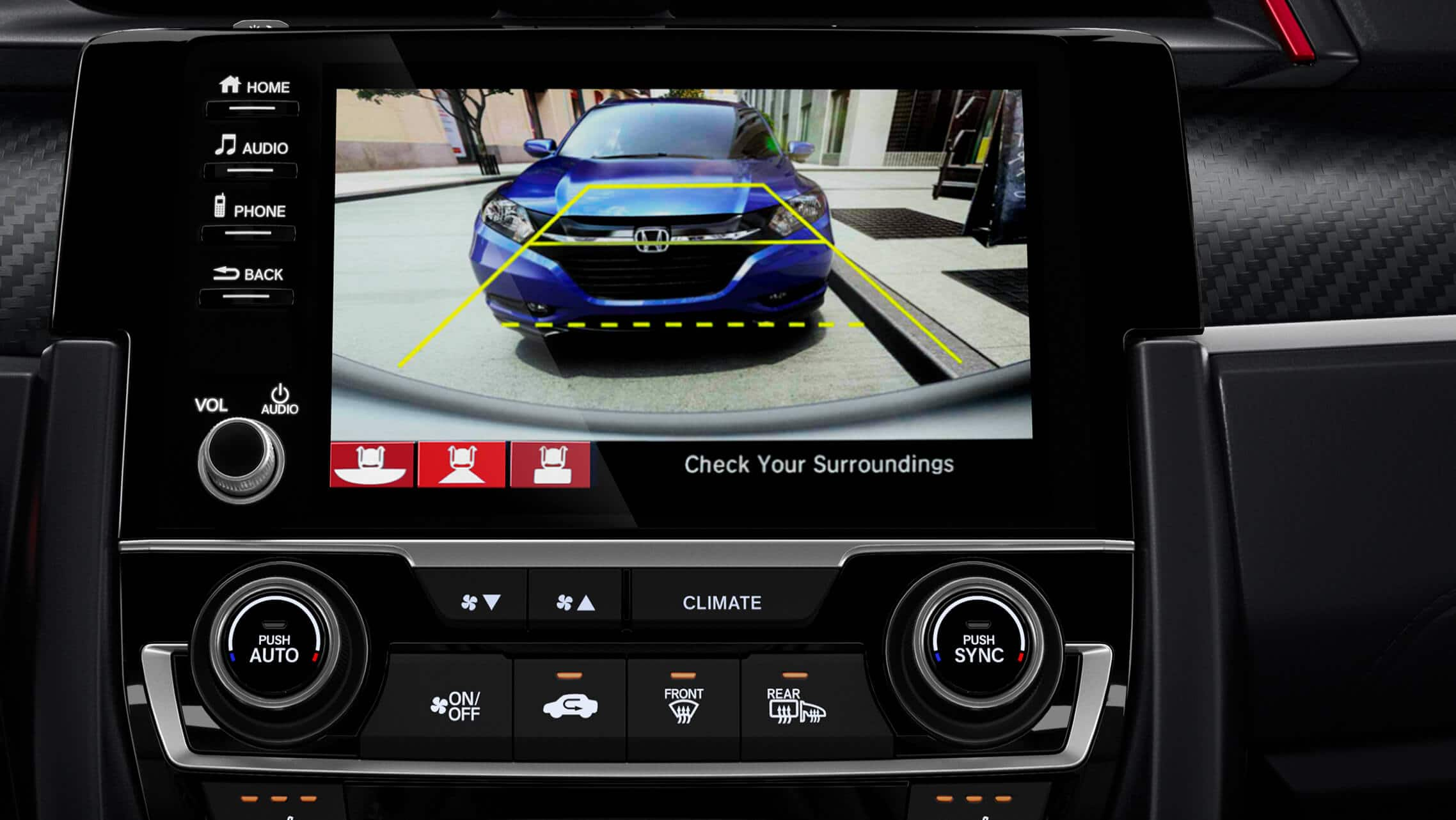Detalle de la cámara de reversa en la pantalla táctil de 7pulgadas del Honda Civic Si Sedán2020.